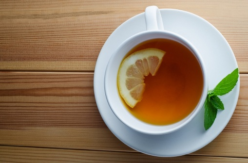 saucer-cup-mint-tea-drink-lemon
